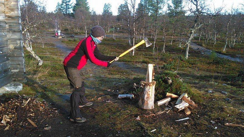 wood-chopping